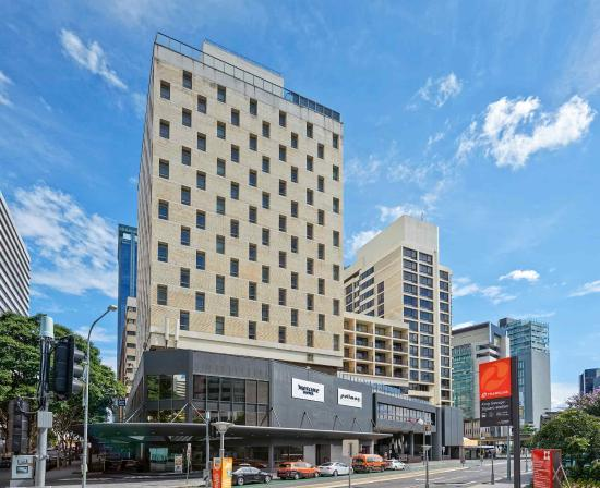 Pullman Brisbane King George Square Hotel