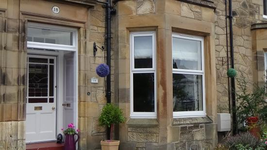 Number 18 Bed and Breakfast - Stirling