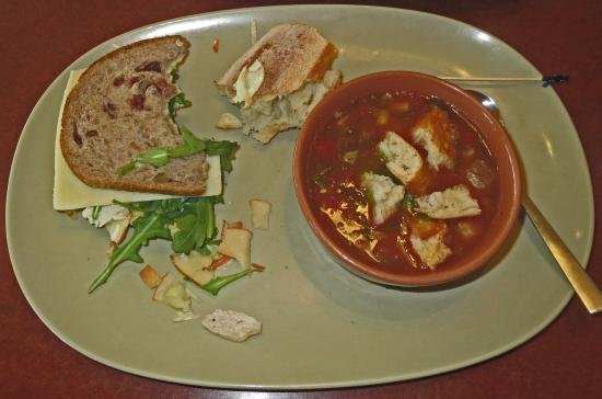 Troy, MI: Turkey Sandwich with Vegetable Soup