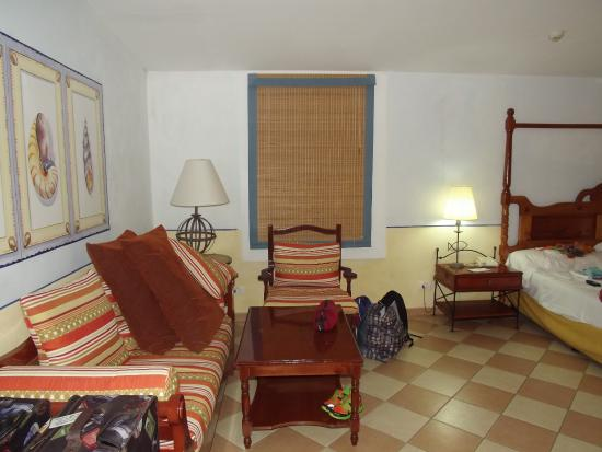 Cahmbre picture of hotel playa pesquero rafael freyre for Chambre communiquante