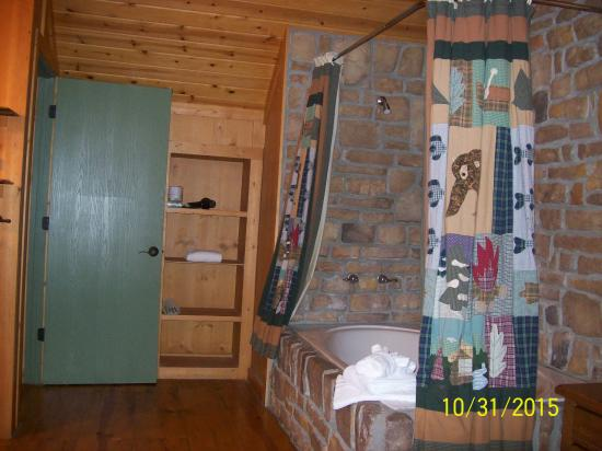 Master Bedroom Upstairs In 3 Br Unit Picture Of The Cabins At Green Mountain Branson