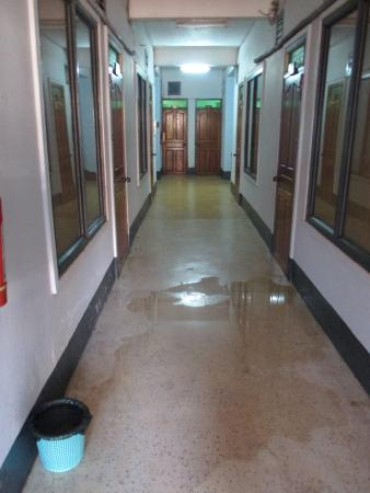 Pakse, Laos: water leak for many days in the hallway of Lankham Hotel