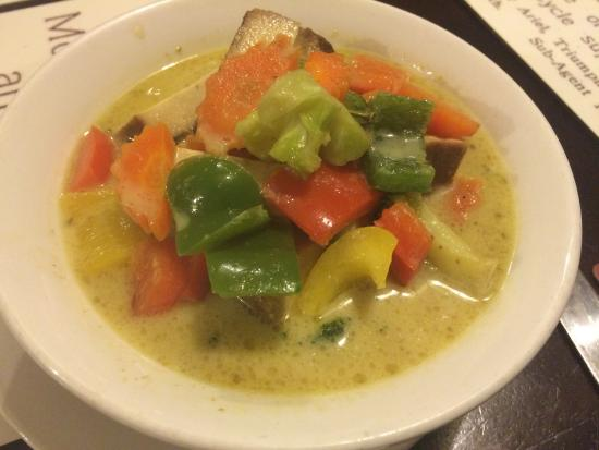 Presteigne, UK: Thai Green Curry with Vegetables