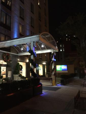 Picture Of Holiday Inn Express Nyc Madison Square Garden New York City Tripadvisor