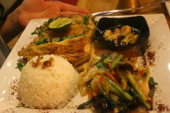 ... but it was delish - Picture of Fair Warung Bale, Ubud - TripAdvisor