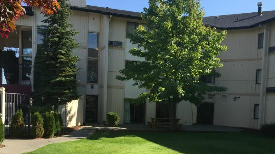 Courtyard View Picture Of Comfort Inn Spokane North