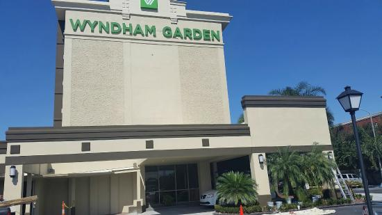 Nothing fancy but no complaints review of wyndham garden hotel new orleans airport metairie for Wyndham garden oklahoma city airport