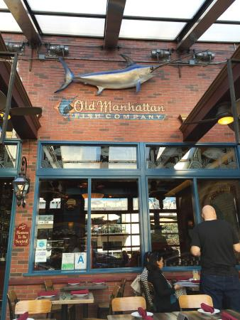 Bar picture of rock 39 n fish manhattan beach tripadvisor for Fish bar manhattan beach menu