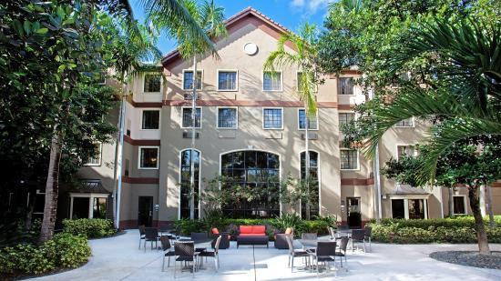 Staybridge Suites Ft. Lauderdale Plantation
