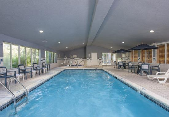 Indoor Pool Picture Of Fairfield Inn East Lansing Okemos Tripadvisor