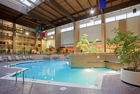 Swimming Pool Picture Of Holiday Inn Lawrence Lawrence Tripadvisor