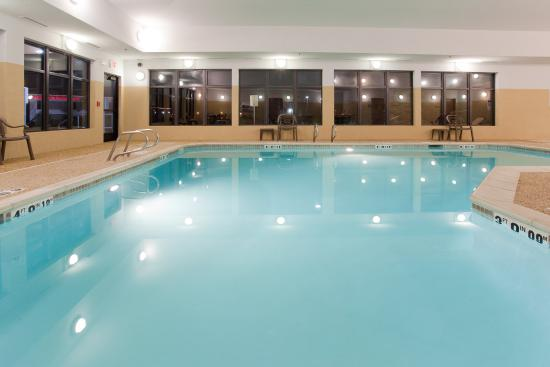 Indoor Swimming Pool At The Salt Lake City Airport Hotel Picture Of Holiday Inn Express Hotel