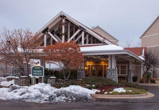 Exterior picture of wyndham branson at the meadows for Cabins at branson meadows