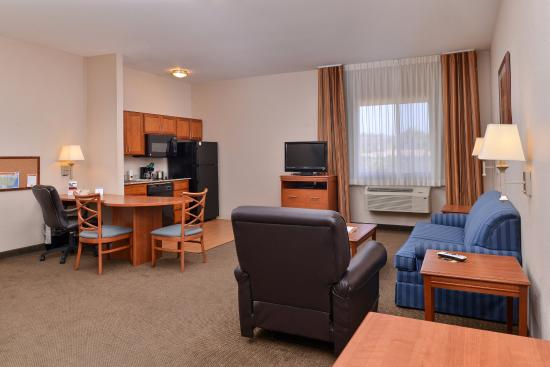 Guest Room Picture Of Candlewood Suites San Diego
