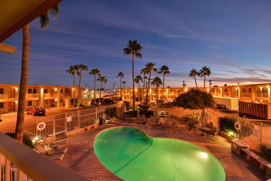 Sun City Inn & Suites