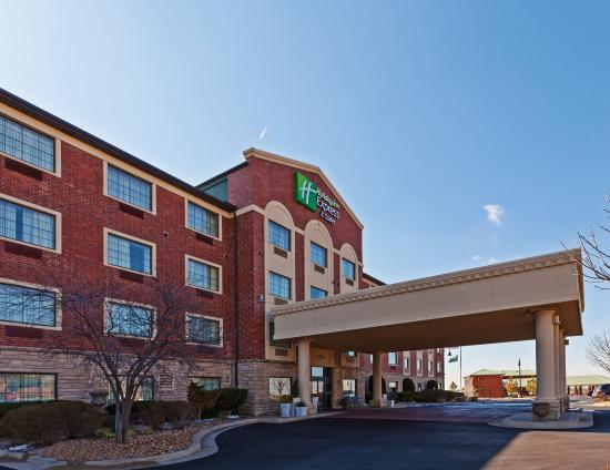 Holiday Inn Express Broken Arrow
