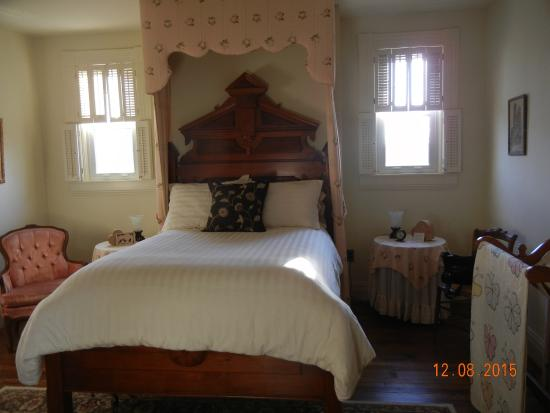 Wilmore, KY: Comfortable Bed