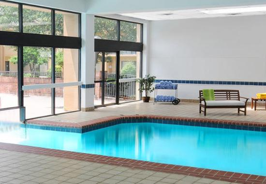 Indoor Outdoor Pool Picture Of Courtyard By Marriott Dallas Las Colinas Irving Tripadvisor