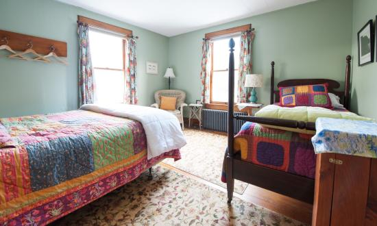 Keene Valley, NY: Relax with our eclectic room decor