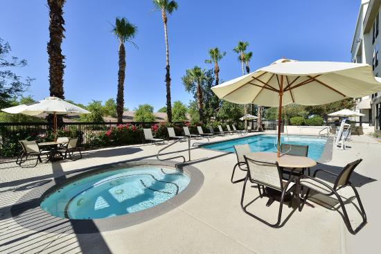 Swimming pool hot tub picture of best western plus for Mesa swimming pool