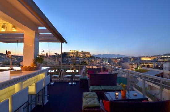 Roof garden picture of best western acropolis ami for Best boutique hotels athens