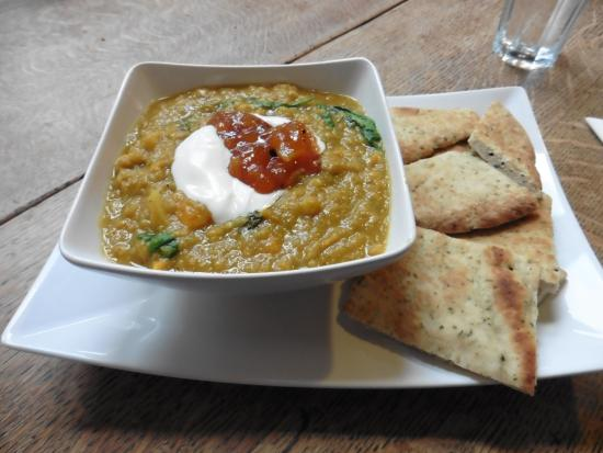 Staveley, UK: Delicious homemade dhal