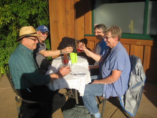 Gold River, Canada: Dinner at Clayworks Cafe and Gallery - Aug 15, 2015