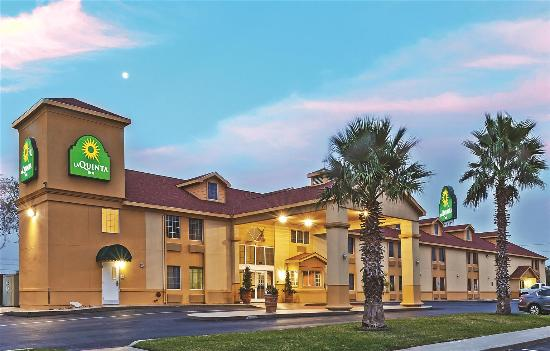 La Quinta Inn San Antonio AlamoDome South