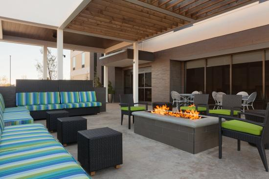 Outdoor Fire Pit Picture Of Home2 Suites By Hilton Oklahoma City South Oklahoma City
