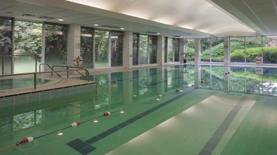 Swimming Pool Picture Of Holiday Inn Hemel Hempstead M1 J8 Hemel Hempstead Tripadvisor