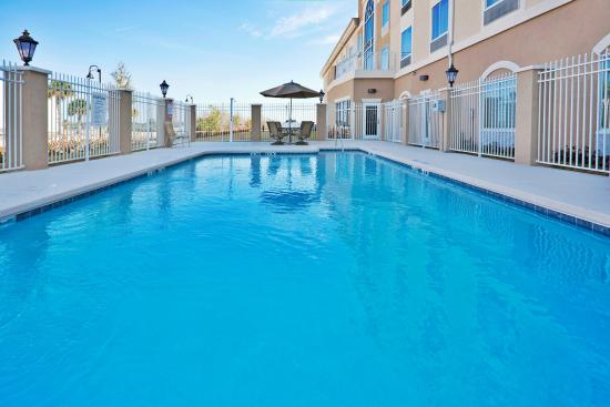 swimming pool picture of holiday inn express lake wales. Black Bedroom Furniture Sets. Home Design Ideas