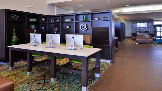Holiday Inn Express Edmonton International Airport