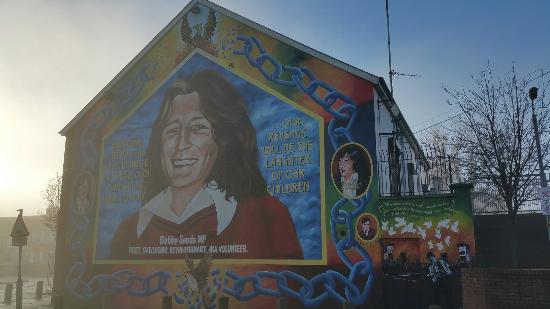 20151227 104346 picture of west belfast mural for Belfast mural tours
