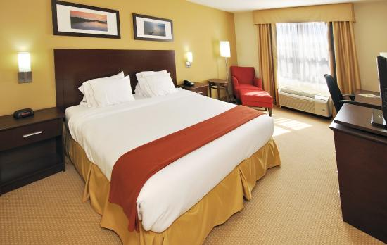 Stellarton, Canada: King Bed Guest Room