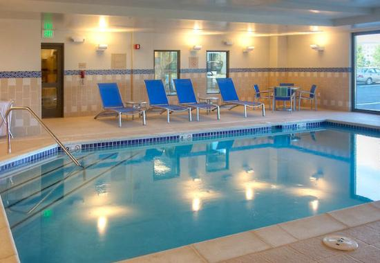 Indoor Pool Picture Of Towneplace Suites Denver Airport At Gateway Park Denver Tripadvisor
