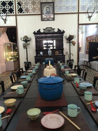The Traditional Hakka Dinner Table With Enamel Ware