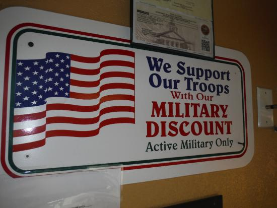 Military discount bring id picture of mama 39 s soul food for Restaurants that offer military discount