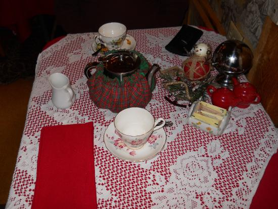 Woodstock, CT: place setting with tea in tea cozy