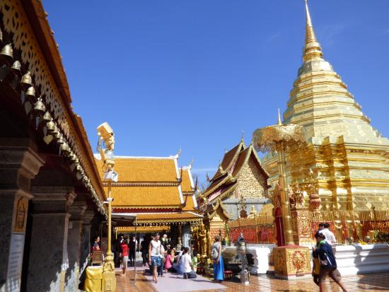 temple view - Picture of Wat Phra That Doi Kham (Temple of the Golden Mountai...