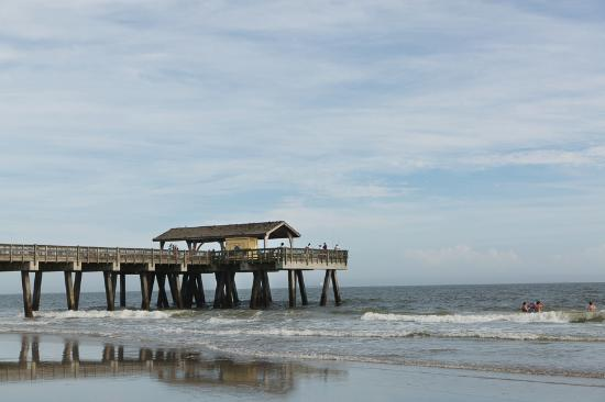 Tybee pier picture of tybee island beach tybee island for Tybee island fishing pier