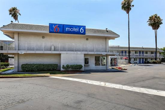 Motel 6 Pleasanton