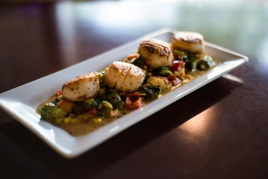 Pan Seared Scallops with Lobster succotash - Picture of Reel Seafood ...
