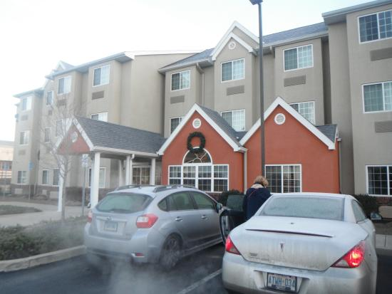 Dickson City, PA: Front of Microtel