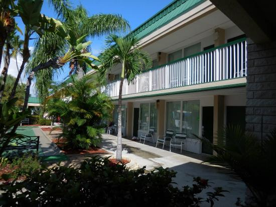 Rooms With Exterior Corridors Picture Of Wyndham Garden Fort Myers Beach Fort Myers Beach