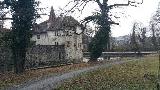 Wildegg, Switzerland: Welcome to the Museum Aargau at Hallwyl Castle...