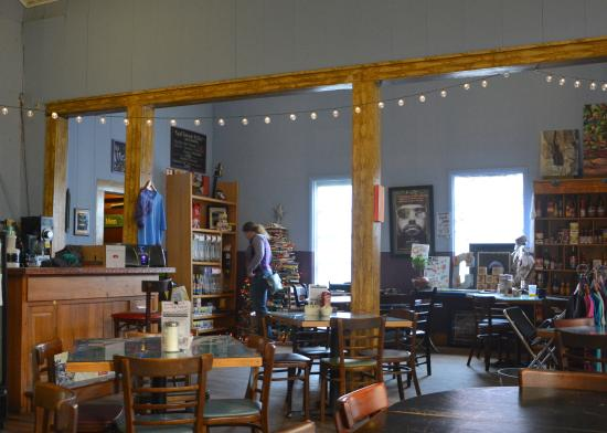 Fayetteville, WV: Section for Local Crafts and Consignments