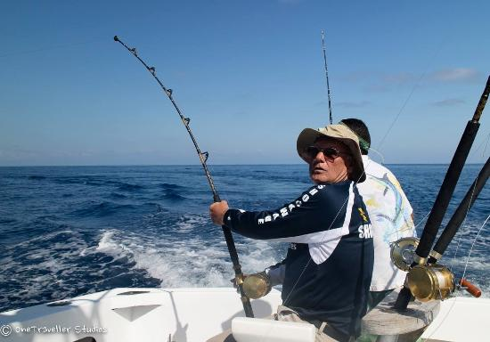 Day 2 fighting a sailfish d picture of quepos fish for Quepos fish adventure
