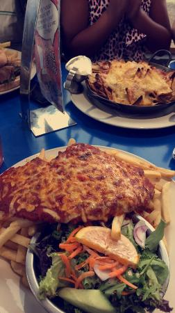 Melton, Australia: Massive portions! Cheap for what you get. Pretty impressed, very american :)