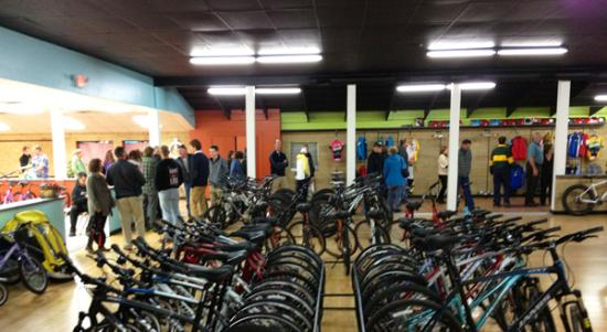 Brighton, MI: Hometown Bicycles - Inside the Bicycle Adventure Center