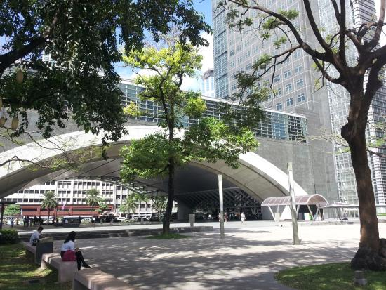 Hotels Near Ayala Triangle Makati